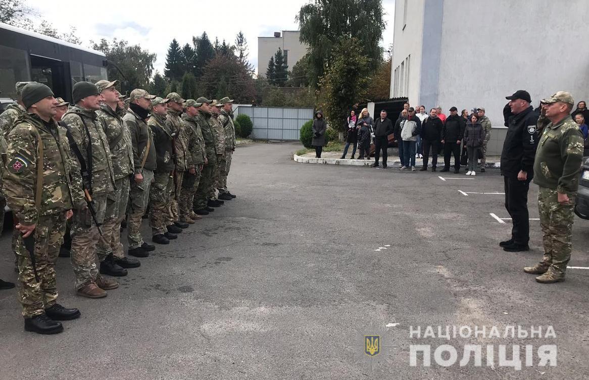На Донбас перекинули спецназ із Волині (фото)