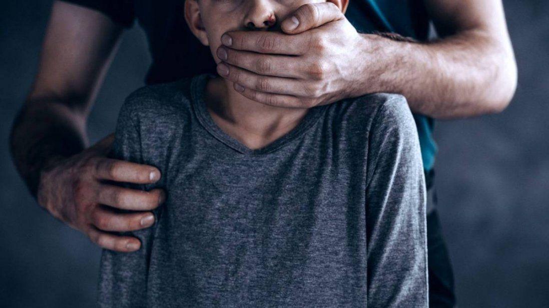 72-річний педофіл майже рік гвалтував 4 хлопців за гроші