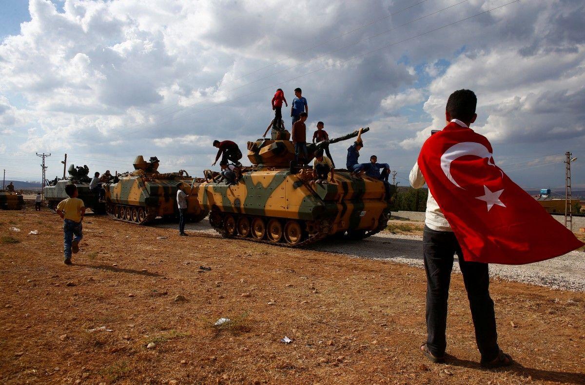 Туреччина напала на Сирію