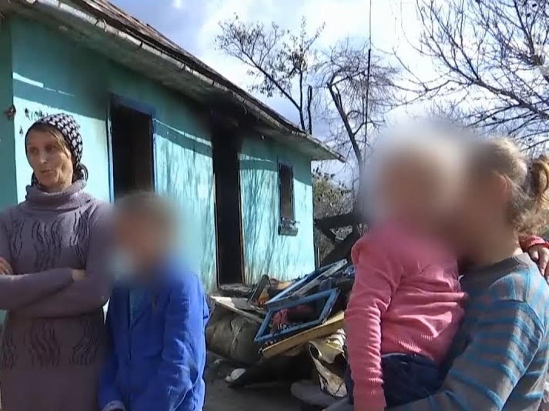 На Тернопільщині троє дітей мало не згоріли, одна дитина втопилась: «виховання» батьків -   алкоголіків