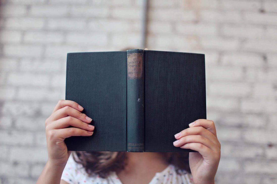 Яку книгу подарувати дитині: дев'ять авторів, які затягують у світ літератури