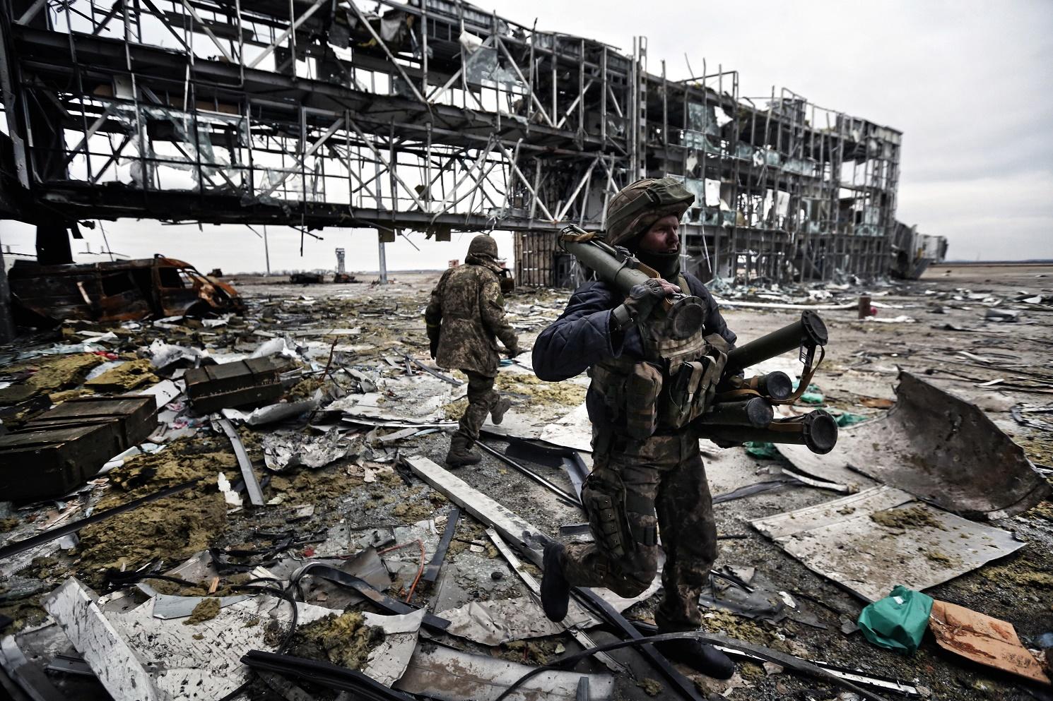 Захисники України: від дружинників до «кіборгів»