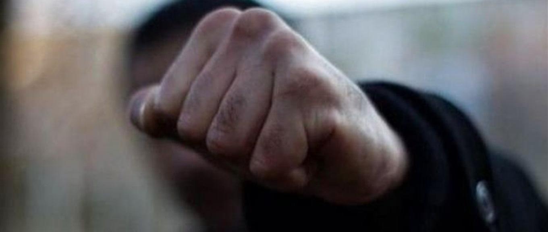 У Ковелі зловмисник побив і пограбував чоловіка
