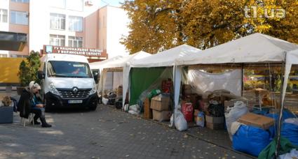Як розбирають ринок у центрі Луцька (відео)