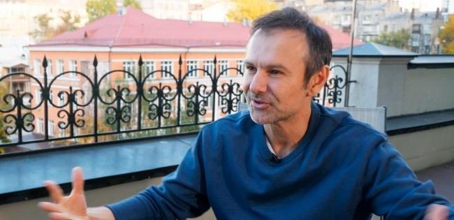 Подав «Голос»: Вакарчук пояснив, чому програв на виборах «слугам» Зеленського