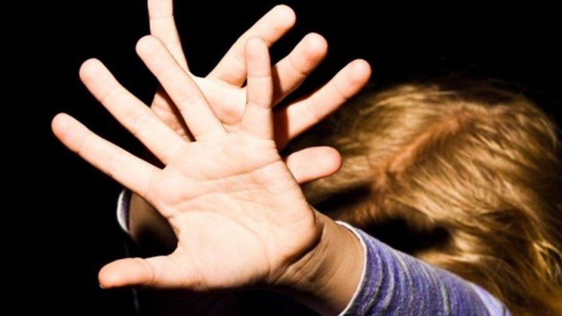 У київській гімназії педофіл розбещував школярів – ЗМІ