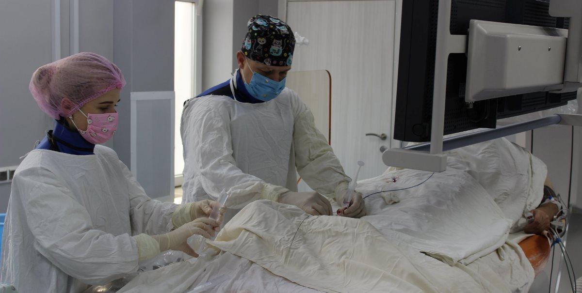 На Волині врятували пацієнта без пульсу на обох руках (фото)