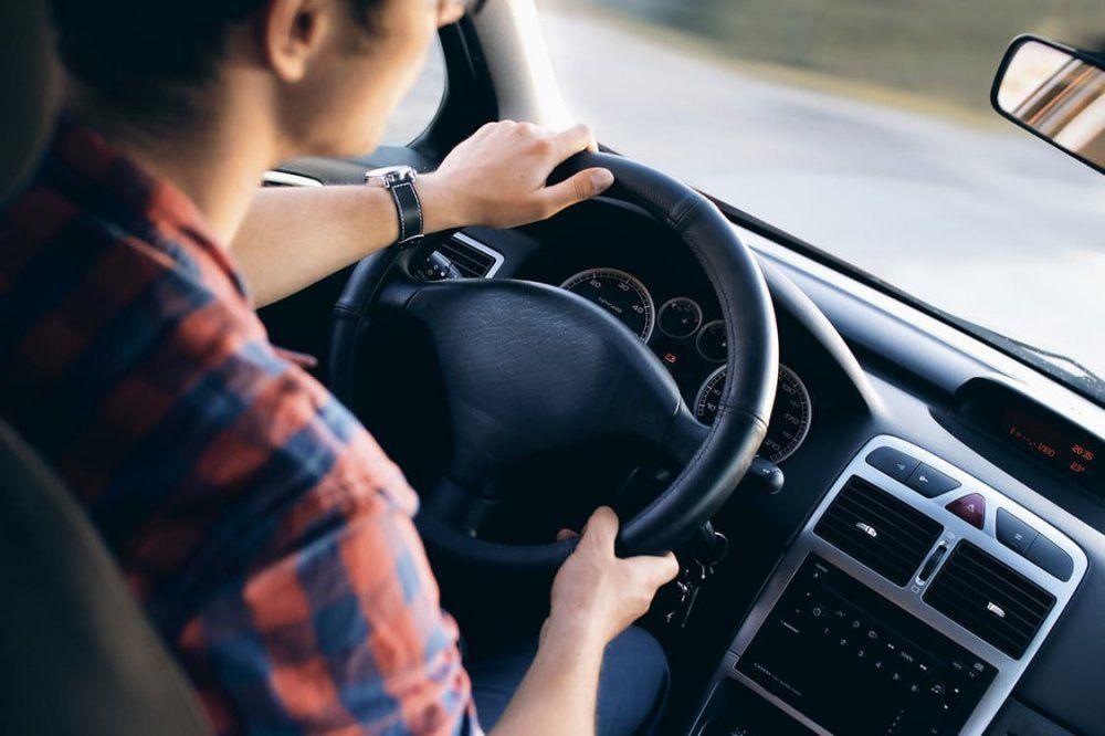 В Україні водійські права видаватимуть по-новому