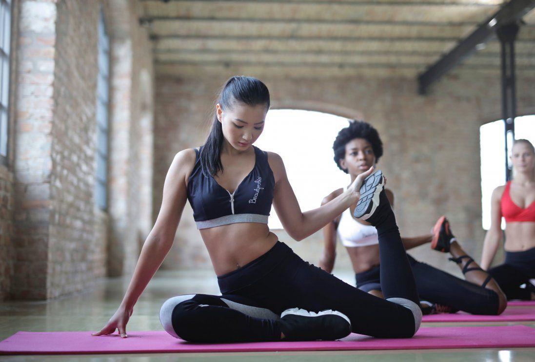 Як схуднути за допомогою йоги?