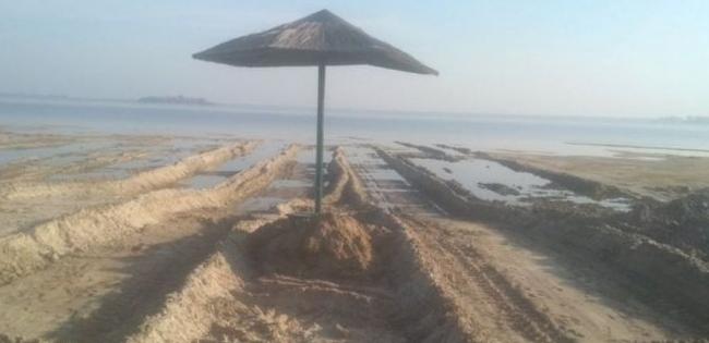 Розораний пляж на Світязі привели до ладу
