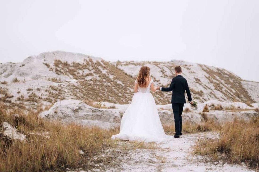 Екстремально холодні весільні фото луцьких журналістів