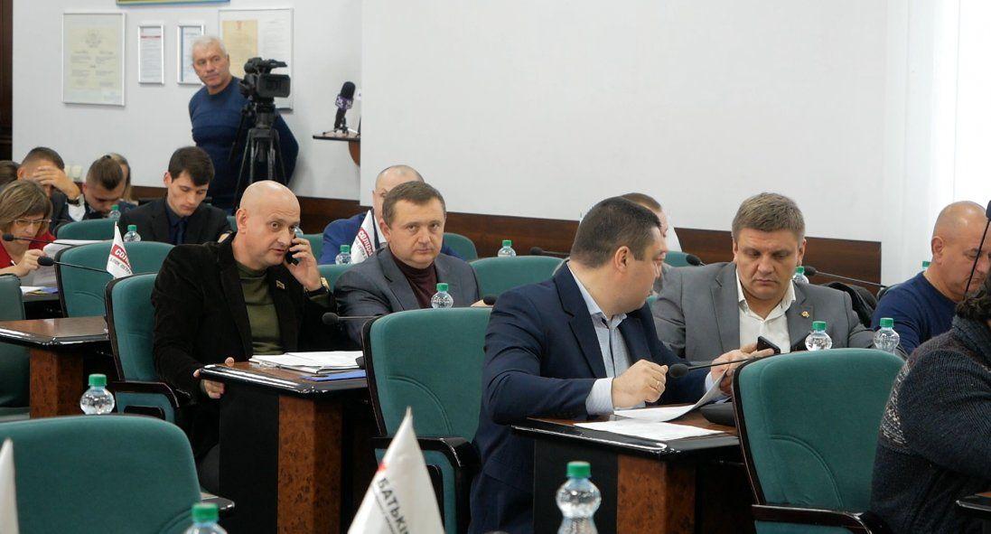 Як депутати Луцькради долю ринків вирішували (відео)