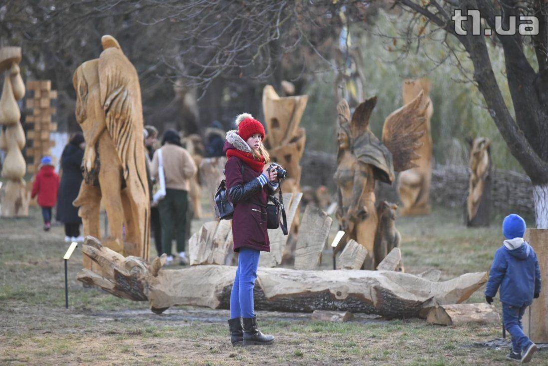 Як виглядає новий парк скульптур у Луцьку (фото)