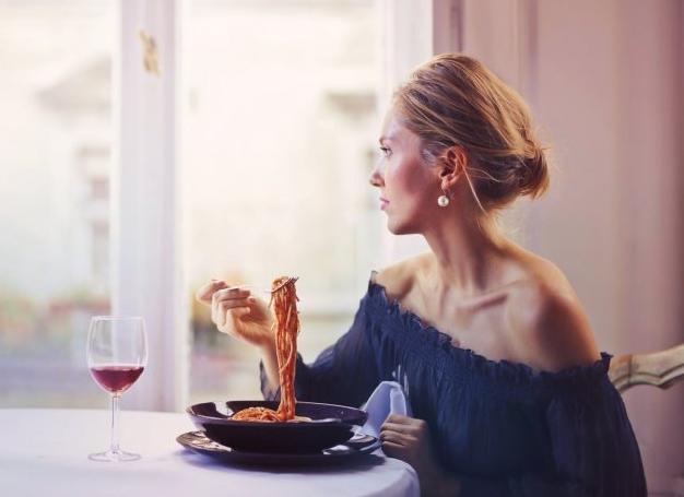 Як менше їсти: 11 способів, про які ви точно не чули