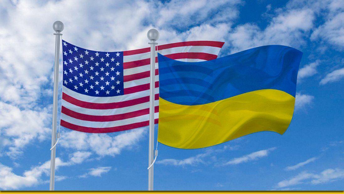 Фонтани, джаз і футбол: лучанка побачила у США «частинку України» (фото)