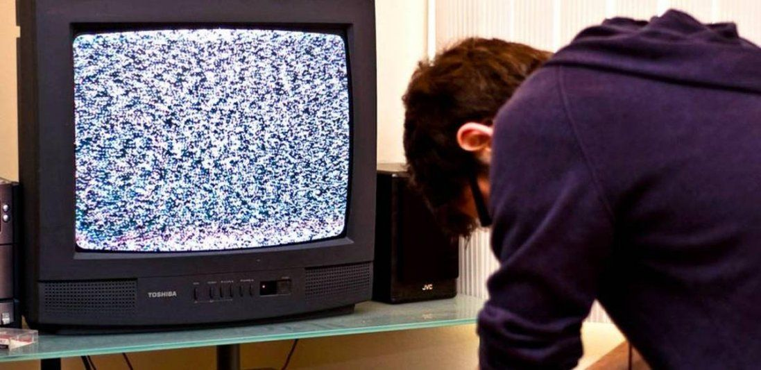 Третині українців із нового року закодують популярні телеканали