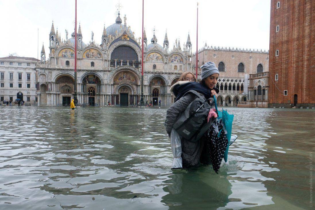 Венеція іде під воду (фото, відео)