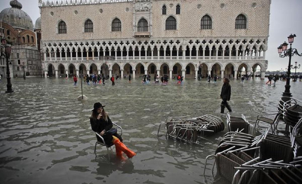 Потоп у Венеції: оголосили найвищий рівень небезпеки (відео)
