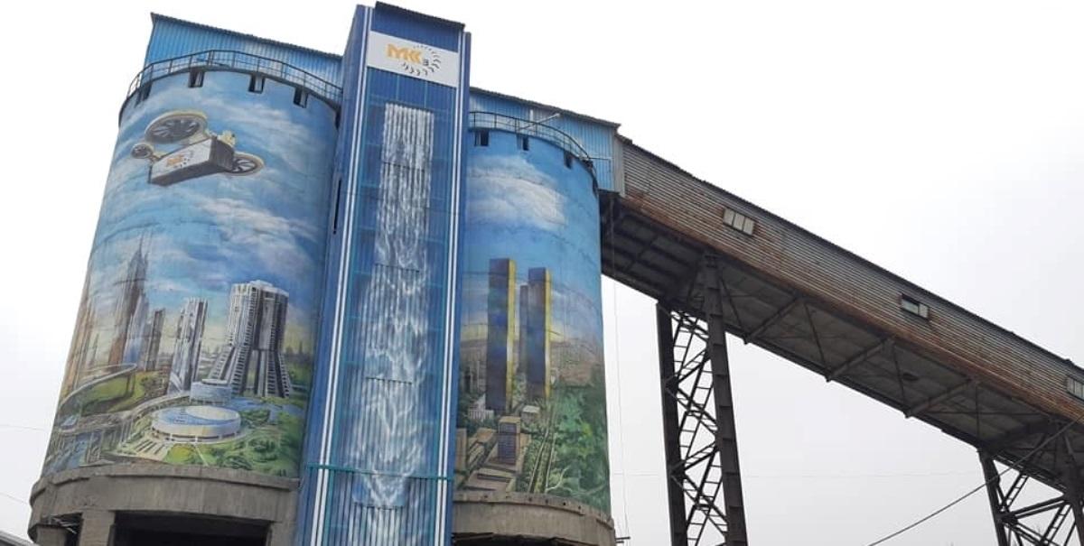 «Місто майбутнього» – створили найбільший в Україні мурал (фото)