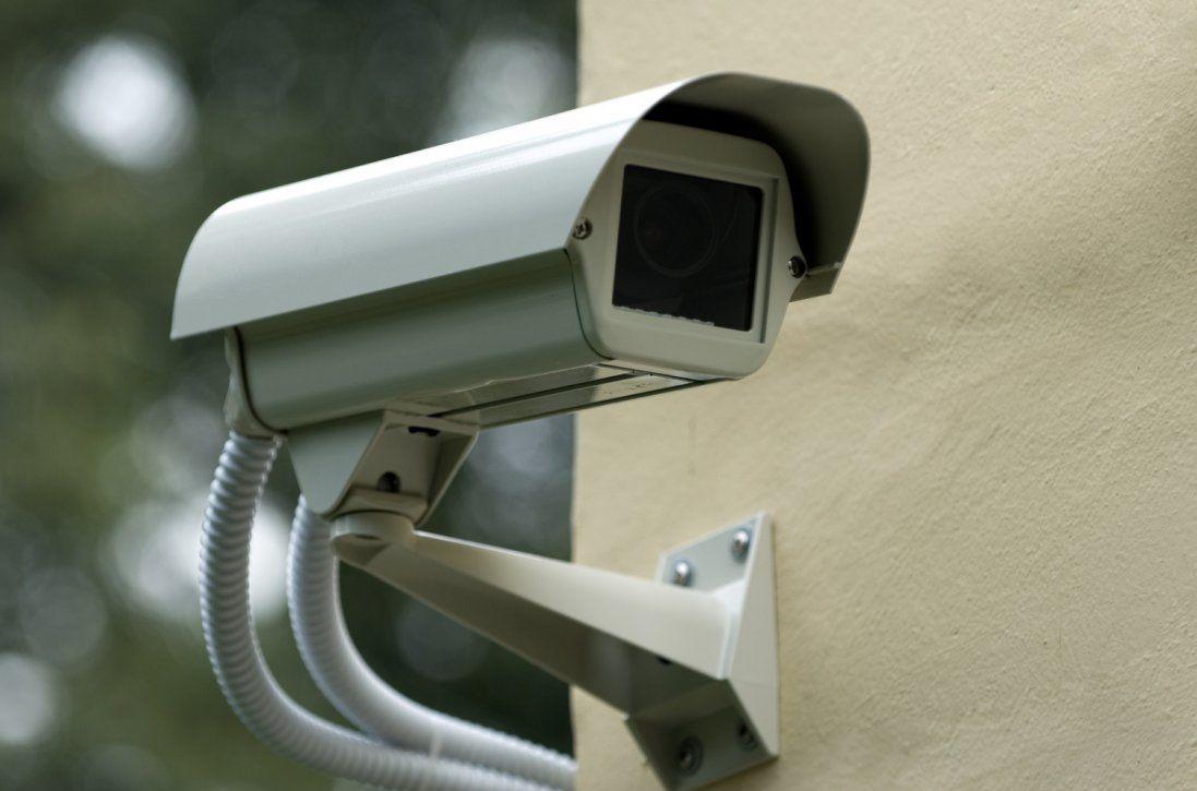 Спальний мікрорайон Луцька нашпигували відеокамерами