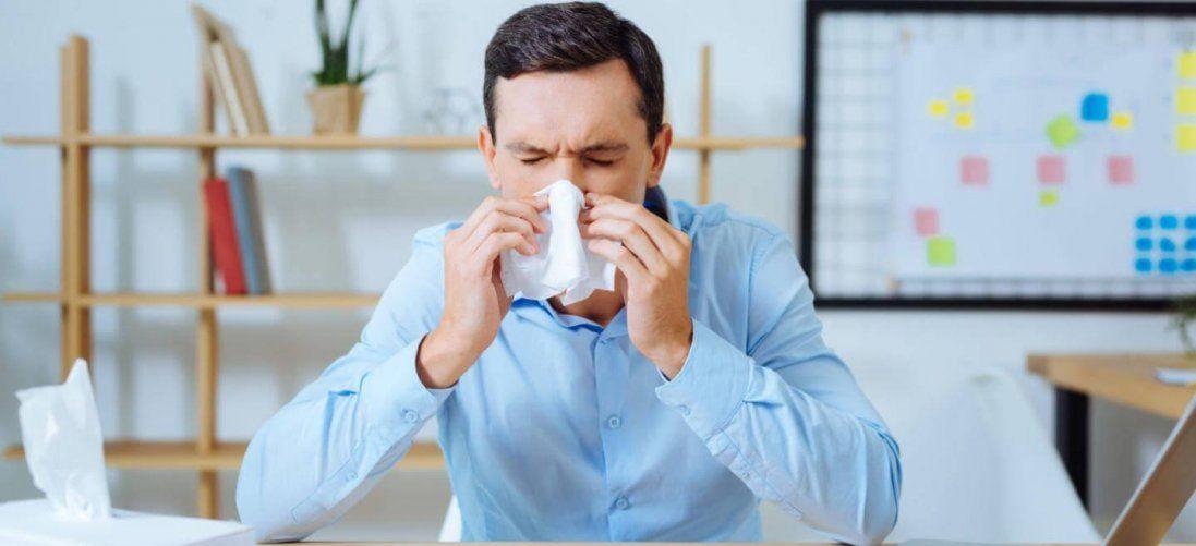 Перші ознаки застуди важливо відрізняти від грипу, аби правильно лікувати