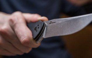 На лучанина напав чоловік з ножем