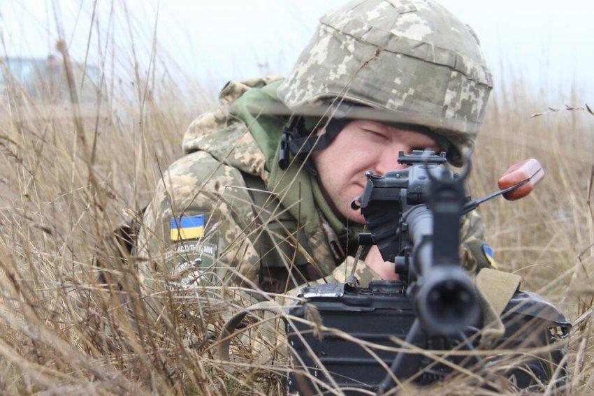 Навчання ЗСУ з протидесантної оборони узбережжя Азовського моря