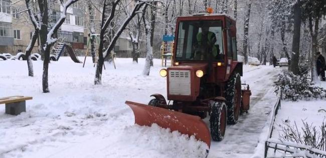 У Луцьку прибирання снігу у 2020 обійдеться міському бюджету в 5 мільйонів гривень
