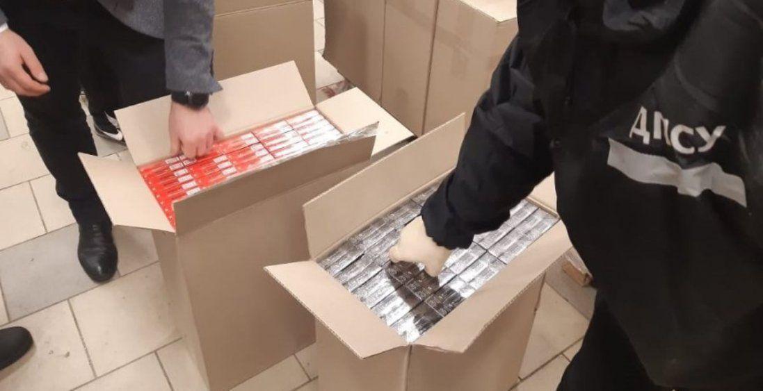 У Харкові виявили контрафакт із Волині на мільйон гривень (фото, відео)