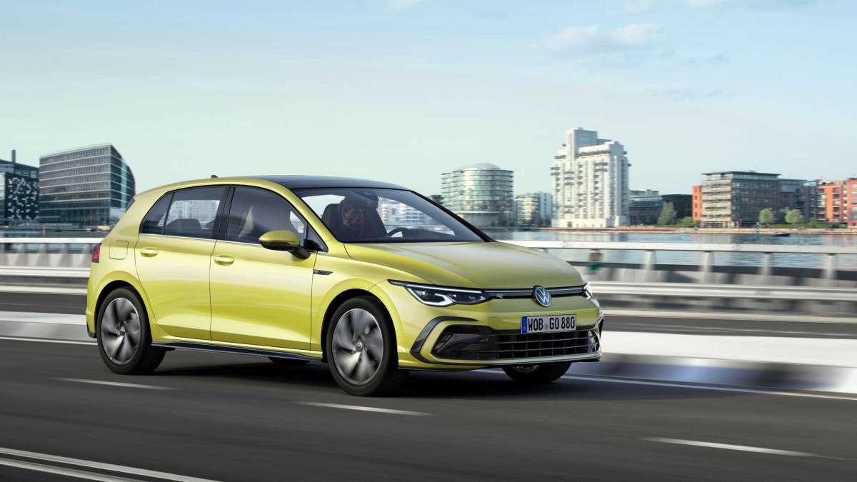 Проти Volkswagen подали позов 100 тисяч людей