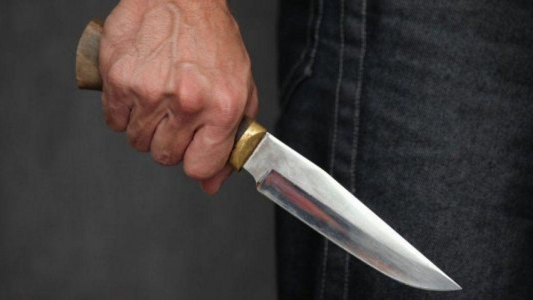 Наносив і наносив удари ножем – волинянин жорстоко убив куму