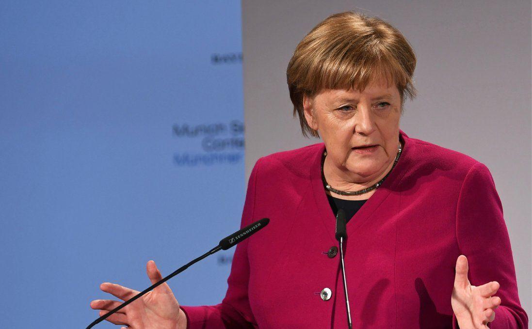Ангела Меркель прокоментувала видворення російських дипломатів з Німеччини