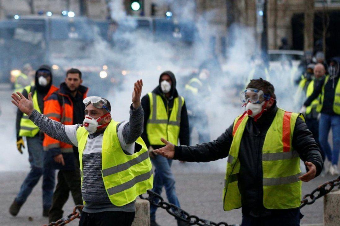 У Франції бастують проти пенсійної реформи