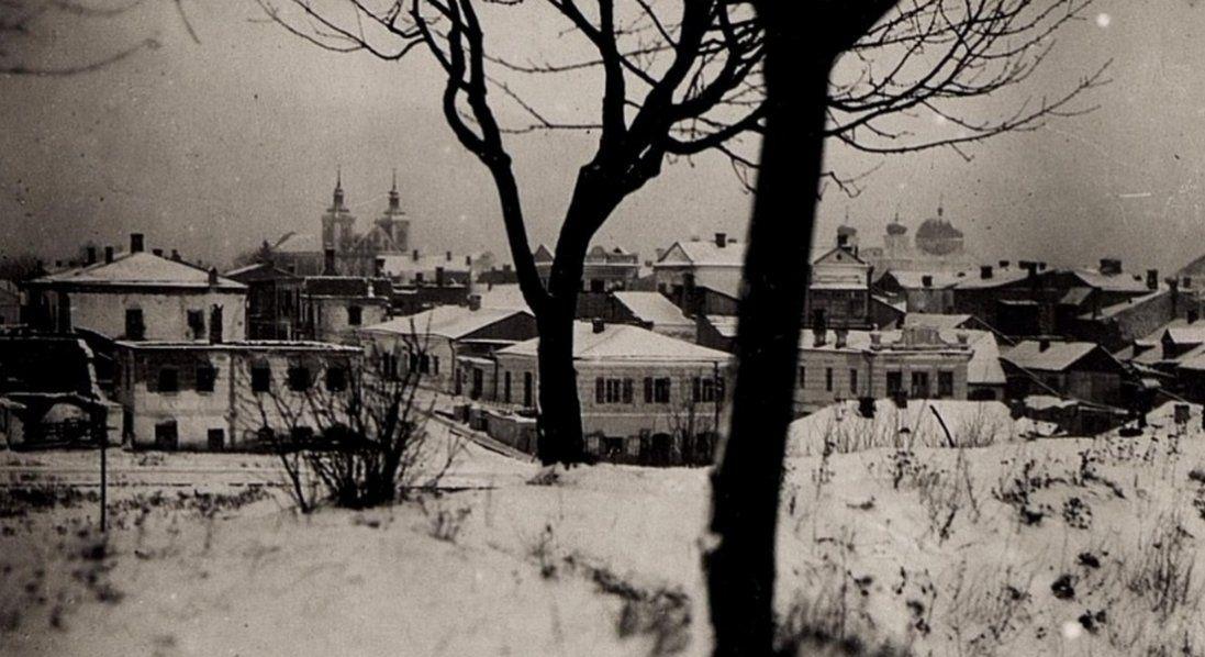 Ялинка, молодята або волинське місто взимку 100 років тому (фото)
