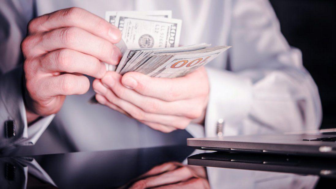 Лікарів викрили на «винагородах» у 140 мільйонів гривень