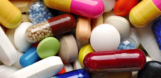Смертельна корупція: українських лікарів масово підкупляли для призначення «потрібних» ліків