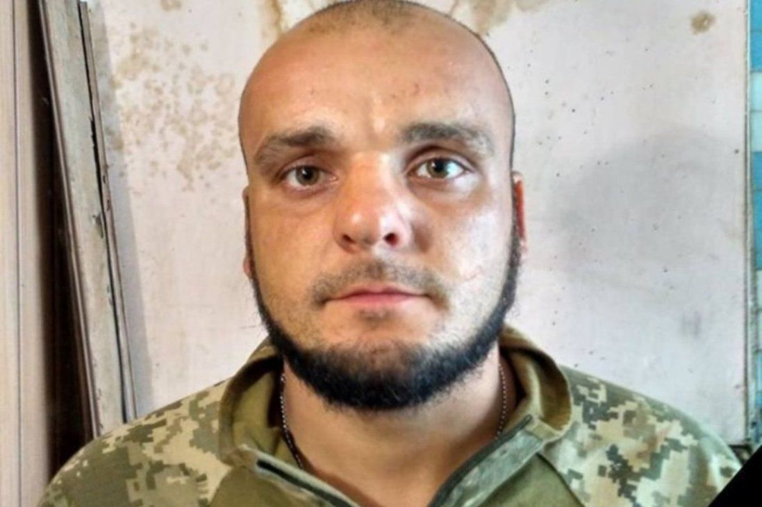Під час ворожих обстрілів загинув український військовий (фото)