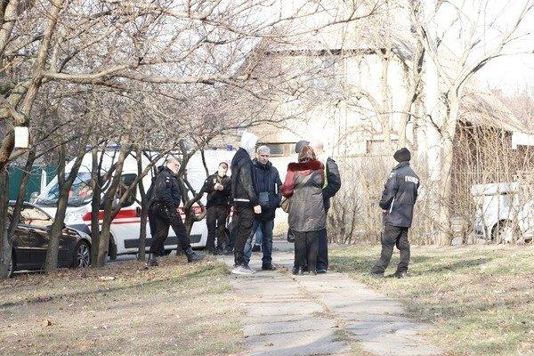 Школяр випав з вікна 10 поверху в Києві