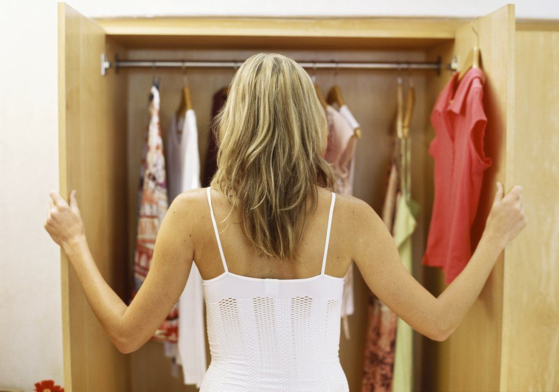 Непрошені гості: як швидко та надовго позбутися від молі у домі