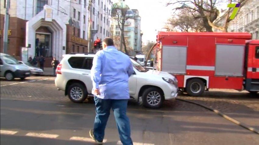 Автохам Юзік заблокував в'їзд пожежним машинам в Одесі