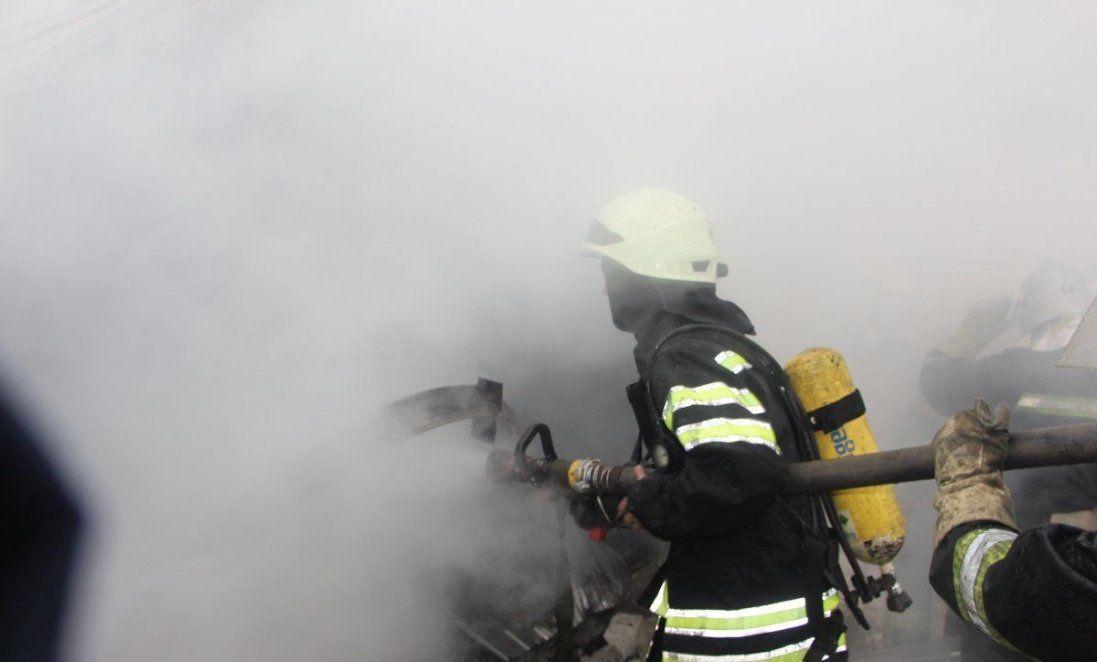 В Одесі гасили пожежу в дитсадку (фото)