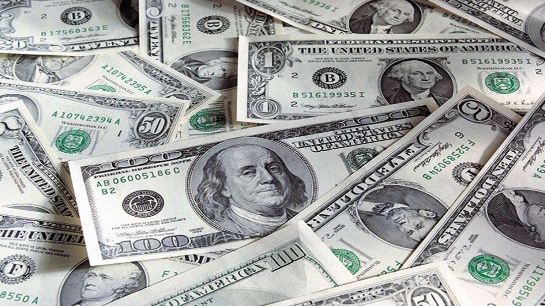 Загрозливий прогноз на 2020 рік: долар по 50 гривень