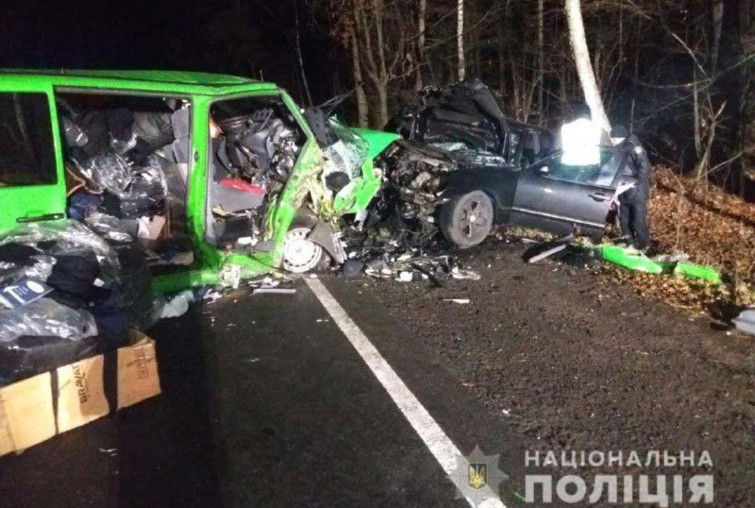 Автомобілі перетворилися на брухт – смертельна ДТП на Рівненщині (фото)