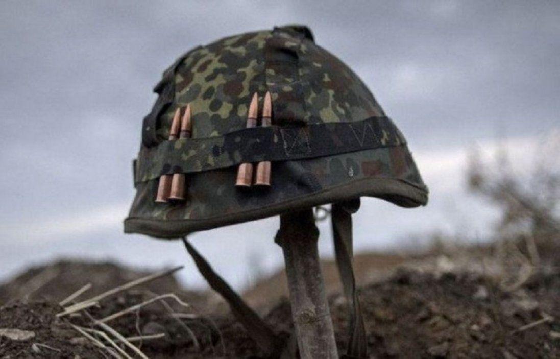 Через обстріли бойовиків на Донбасі загинув український військовий