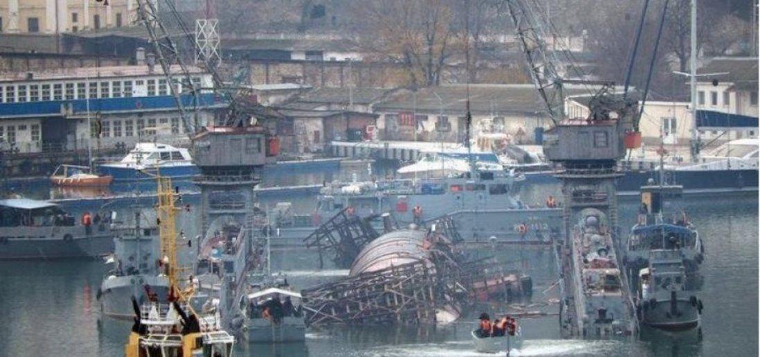 В анексованому Криму затонув підводний човен: подробиці (відео)