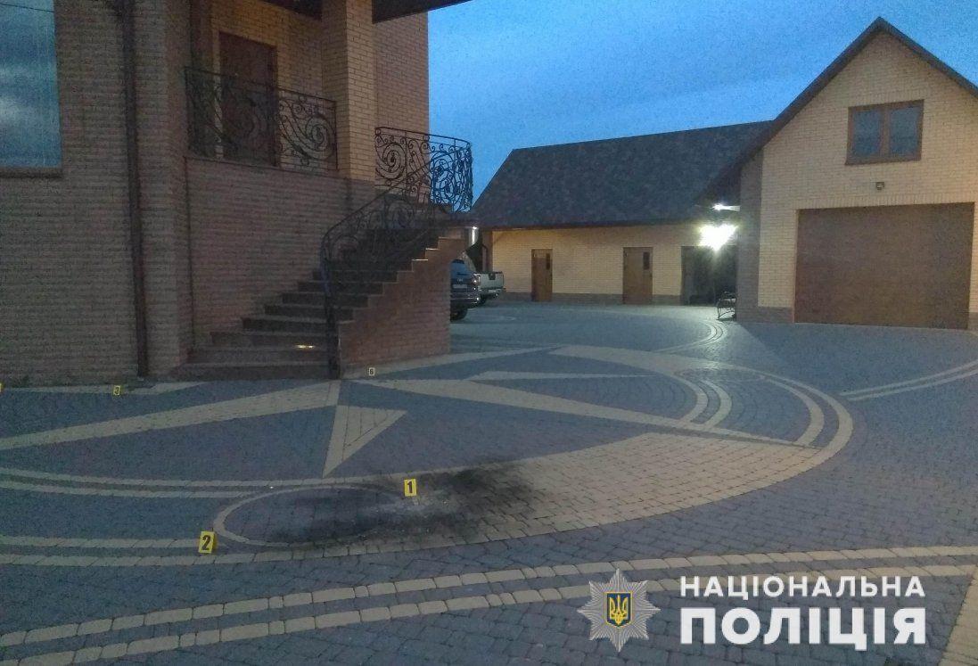 Волинянину, який кинув вибухівку на подвір'я депутата, загрожує тюрма (фото)