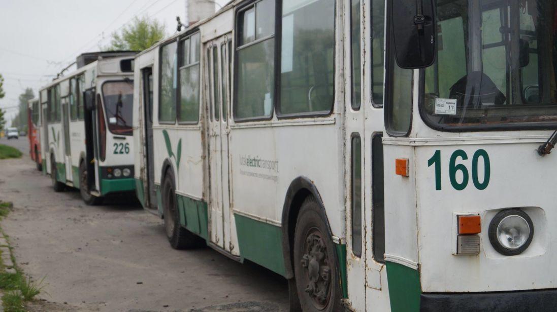 Скільки у Луцьку заробили тролейбуси за 5 днів введення е-квитка