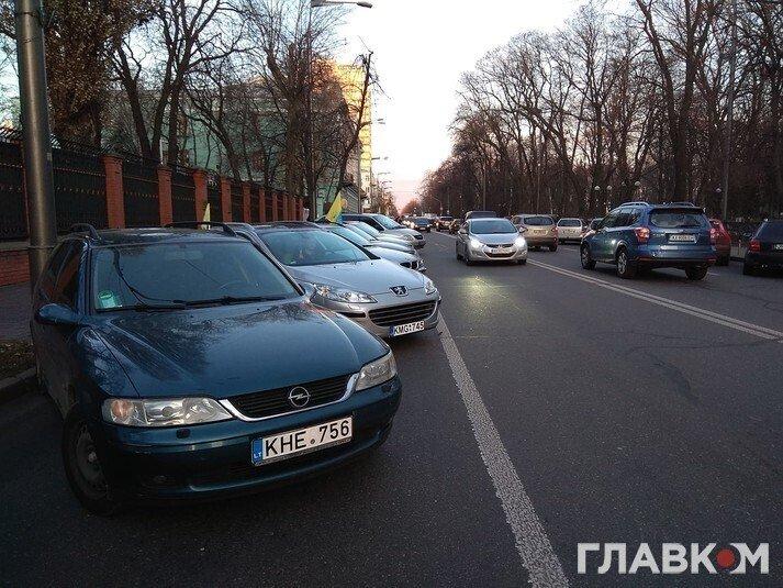 Протести власників авто на єврономерах під Радою