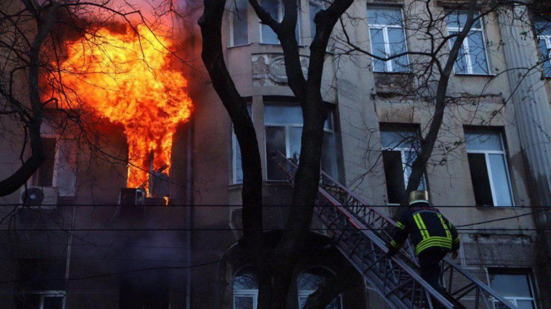 Назвали основну версію пожежі одеському коледжі