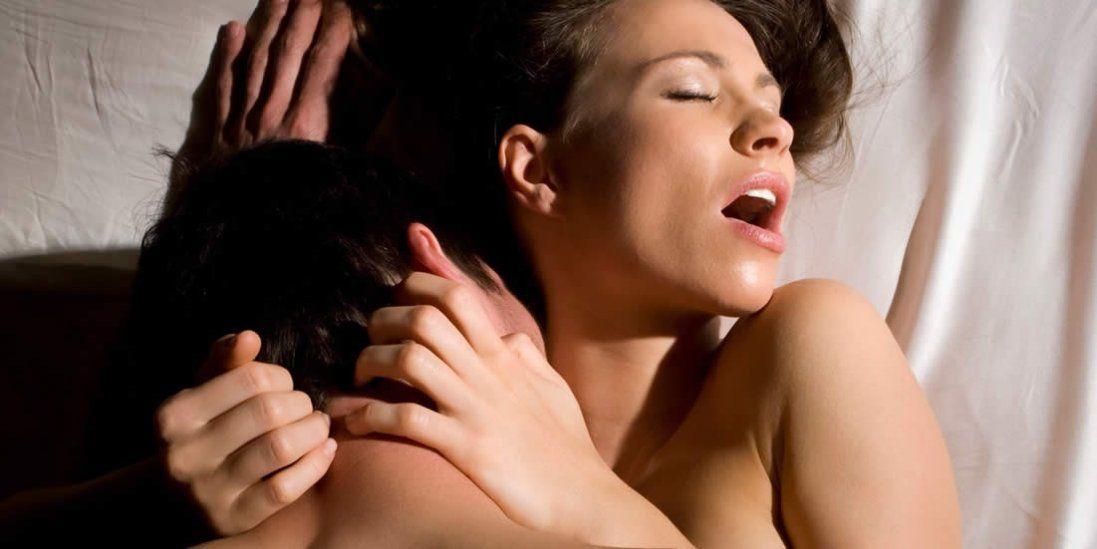 Як посилити жіночий оргазм?